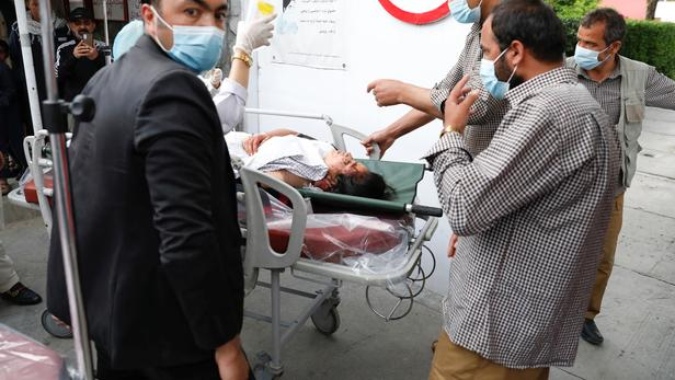 Kaboul:   une explosion devant une école pour filles fait au moins 30 morts et 52 blessés