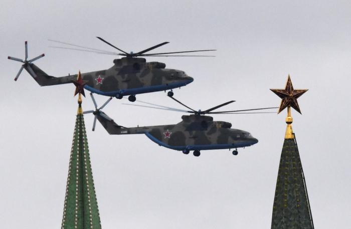 Rusia celebra el Día de la Victoria, en la Plaza Roja de Moscú -  VIDEO
