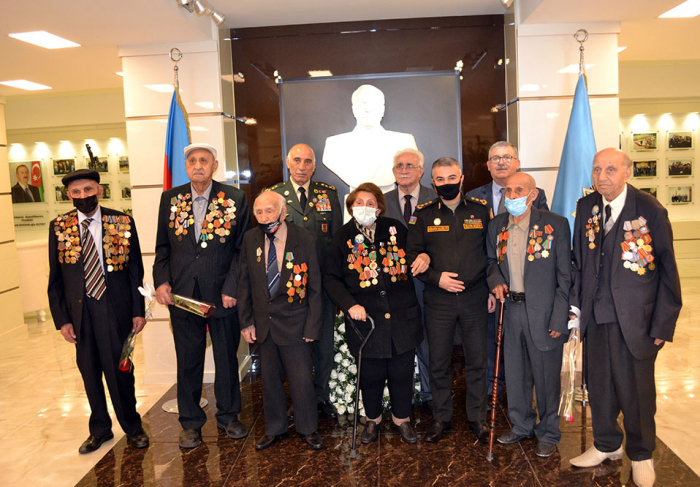 Azerbaijani Defense Ministry holds meeting with Great Patriotic War veterans