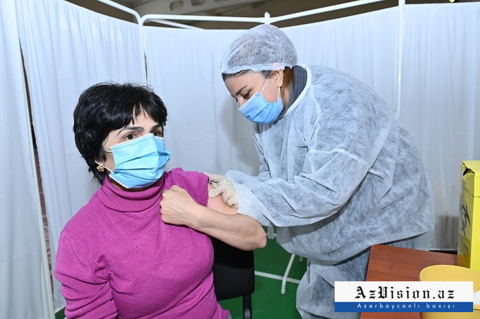Azerbaijan discloses number of COVID-19 vaccinated people