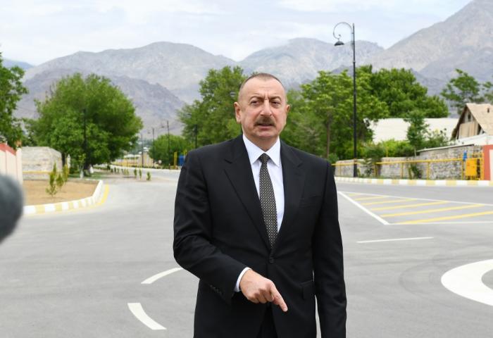 """""""Azərbaycan ərazisində Dağlıq Qarabağ adlı ərazi vahidi yoxdur"""" -    İlham Əliyev"""