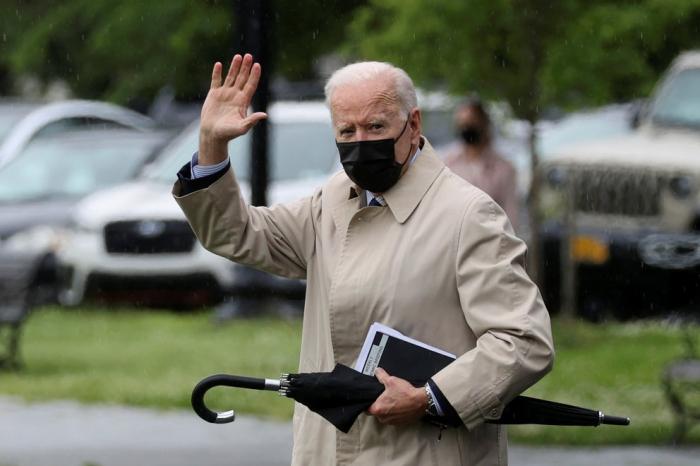 Joe Biden anuló una regla del gobierno de Donald Trump y devolvió una protección clave para gays y transgéneros en salud