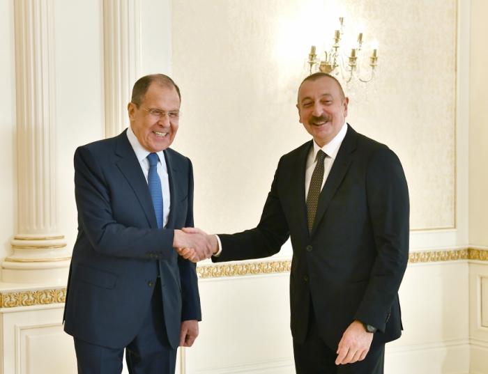 El presidente Ilham Aliyev recibe a Lavrov -   FOTOS