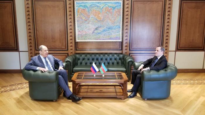 Azerbaijani, Russian FMs meet in Baku