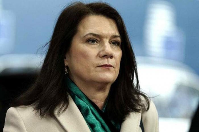 La presidenta de la OSCE intercambia llamadas telefónicas con los cancilleres de Azerbaiyán y Armenia