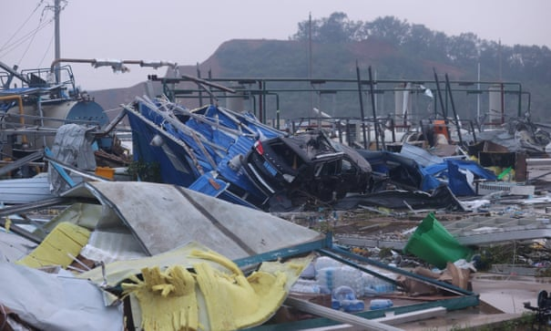 China: 10 died, hundreds wounded intornadoes
