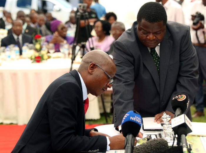 Zimbabwe minister reproves judiciary after chief justice ruling