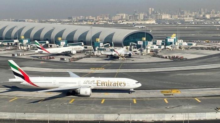 No alternative to vaccine passports, says airport boss