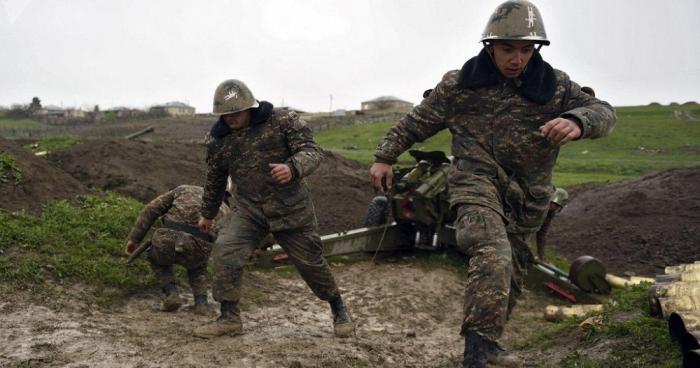 Los armenios admiten:   los soldados encadenados durante la guerra son armenios -   VIDEO