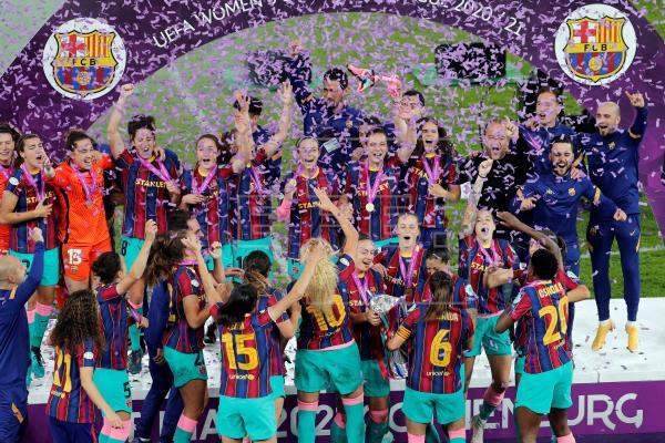 El Barcelona consigue su primera Liga de Campeones