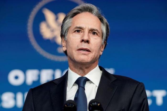 Los oficiales de Estados Unidos y Francia discuten sobre Karabaj
