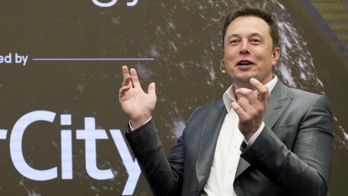 Elon Musk hace que el bitcóin se vuelva a desplomar con un tuit