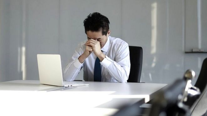 Each year nearly 1 mln people die because of long working hours, study finds