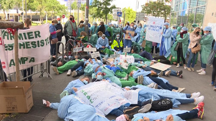 Anaesthetists demonstrate in Marseille and Paris -  NO COMMENT