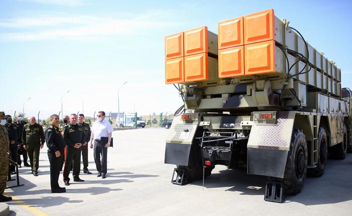 Azerbaijani and Belarusian defense minister visit military units - PHOTOS