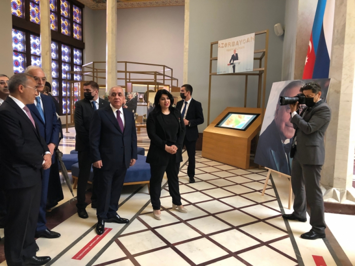 Azerbaijani PM visits