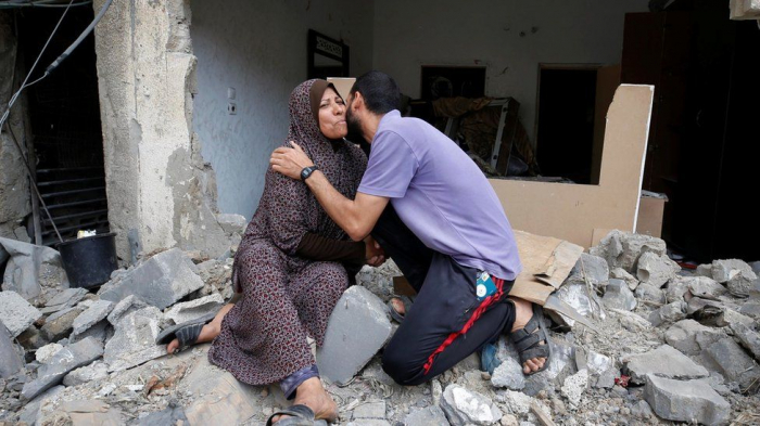 Israel-Palestinian ceasefire comes into effect