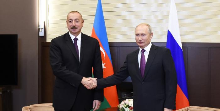 """""""Azərbaycan dünya arenasında yüksək nüfuz qazanıb"""" -  Putin"""
