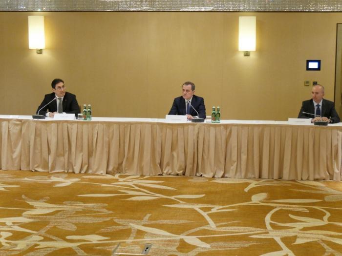 FM Bayramov meets with members of Azerbaijani diaspora in Austria