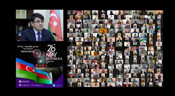 Dünya azərbaycanlıları Respublika Günündə bir araya gəldi