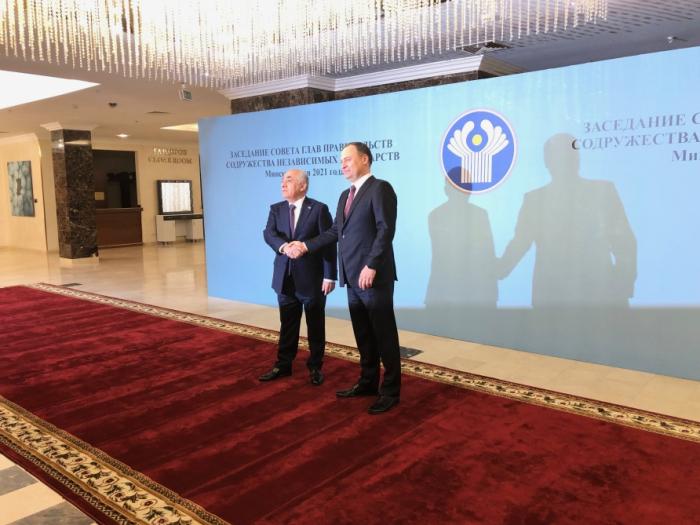 Azerbaijani PM meets with Belarusian counterpart