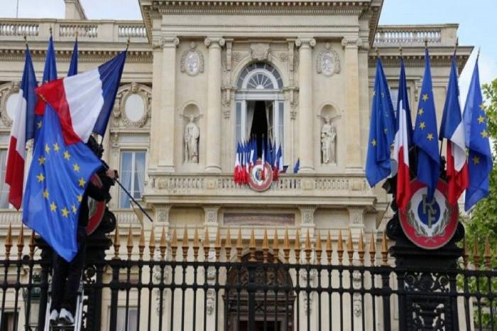 Paris calls on Yerevan, Baku to show maximum restraint