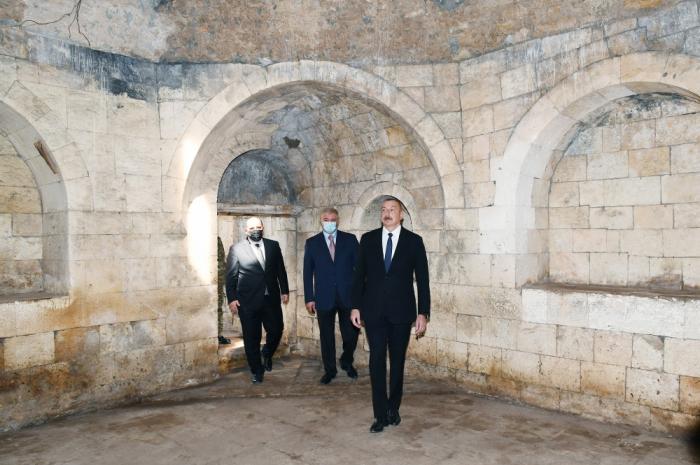 Prezident Pənahəli xanın sarayının yerləşdiyi imarət kompleksində -  FOTOLAR (YENİLƏNİB)
