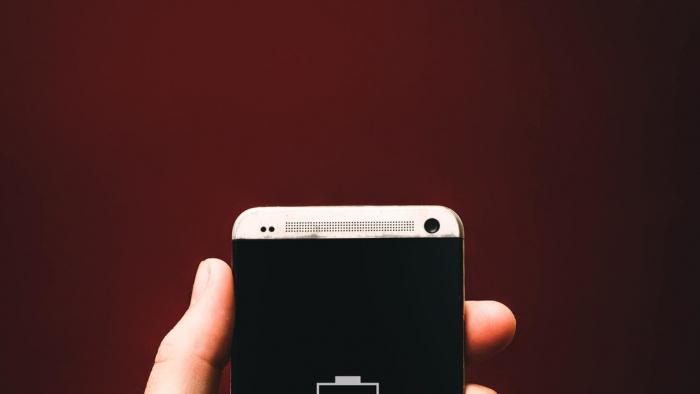 Estas son las aplicaciones que más descargan la batería de los móviles