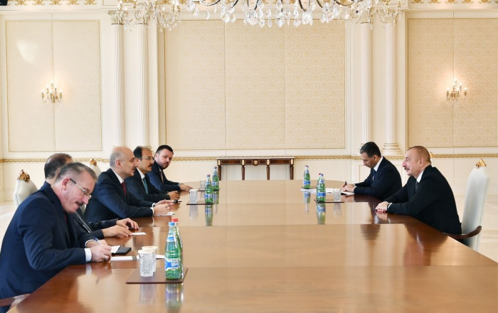 President Ilham Aliyev receives Turkish minister of transport and infrastructure