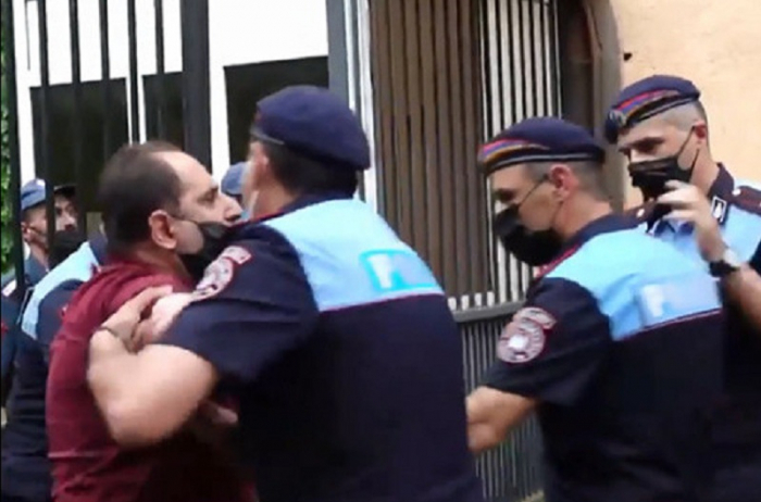 Protests in Yerevan: Bodies of Armenian servicemen hidden in refrigerators -   VIDEO