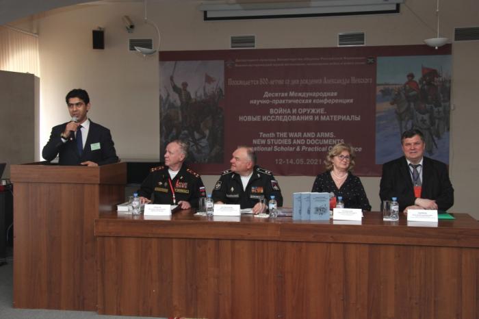 Azerbaijani scientist makes report at scientific conference in St.Petersburg