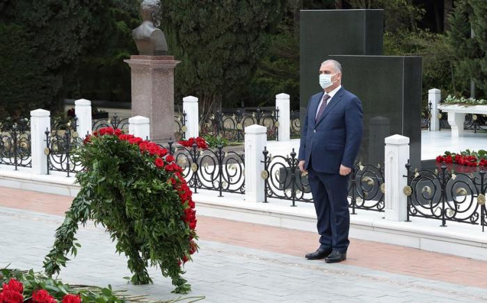 DTX əməkdaşları Ümummilli Liderin xatirəsini yad ediblər