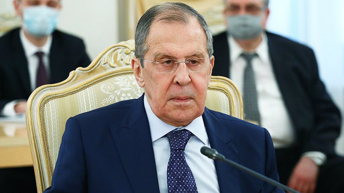 لقاء في ييريفان بين رئيسي وزارتي خارجية روسيا وأرمينيا