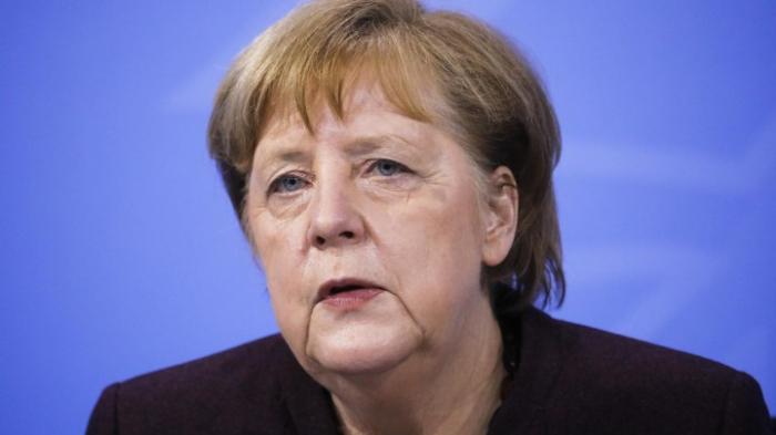 Bundeskanzlerin Merkel würdigt Arbeitseinsatz der Menschen