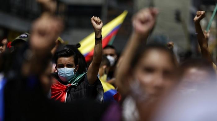 Regierung ruft Demonstranten zum Dialog auf