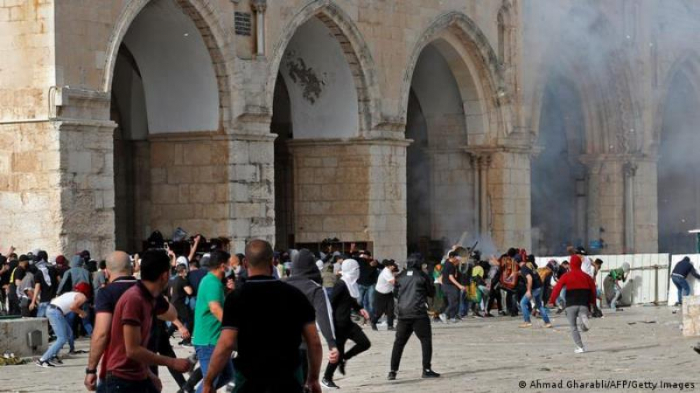 İsraildə polislərə hücum olub:  12 nəfər yaralanıb