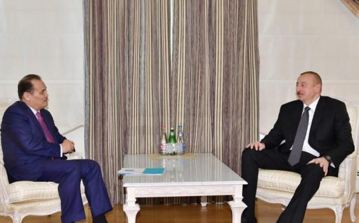 Amreyev Prezidentə məktubunda Zəngəzur dəhlizindən yazdı