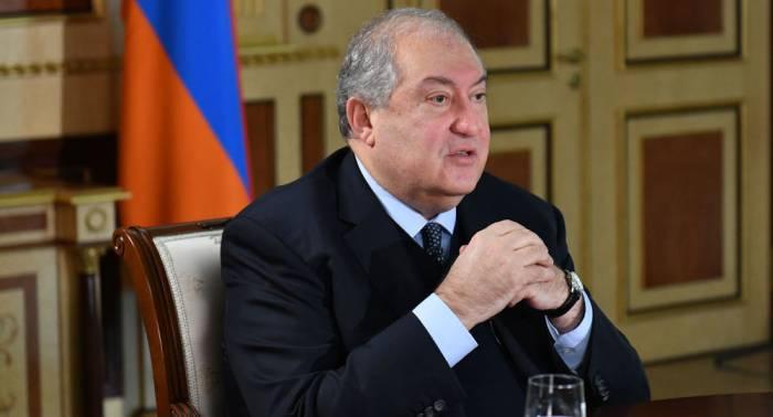 Ermənistan prezidentinə cinayət işi açıldı
