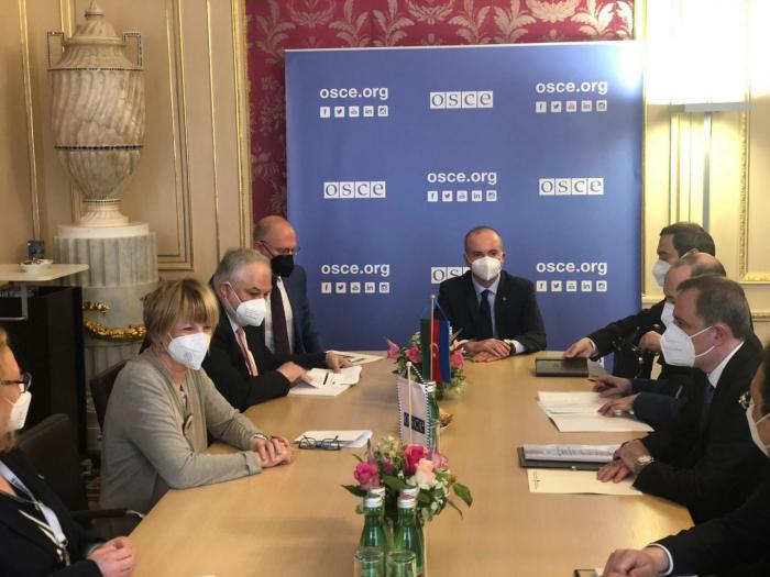 Azerbaijani FM meets withOSCE Secretary General