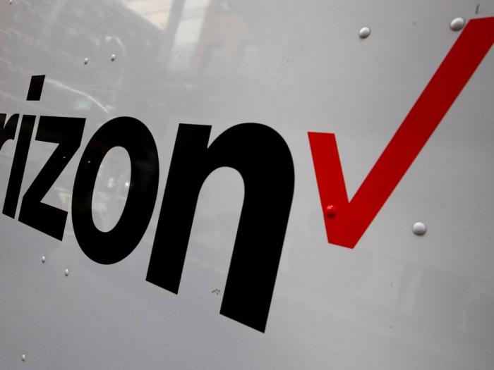 Le groupe américain Apollo prévoit de racheter les activités médias de Verizon pour 5 milliards de dollars