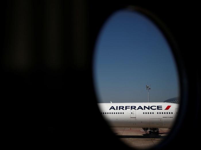 La Chine annonce la suspensionpour deux semaines de plus des vols d
