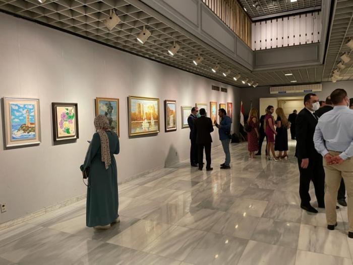 Una exposición de artistas azerbaiyanos se inaugura en El Cairo