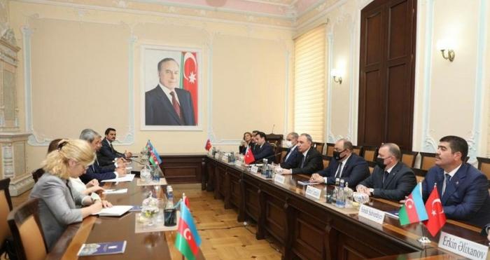 Azərbaycanla Türkiyə arasında hüquqi əməkdaşlığa dair memorandum imzalandı
