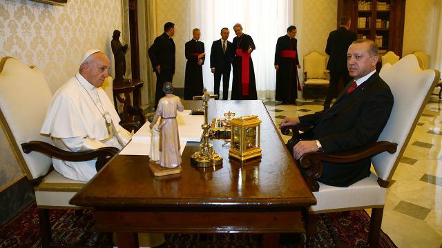 Ərdoğan Roma Papası ilə İsrail-Fələstin qarşıdurmasını müzakirə etdi