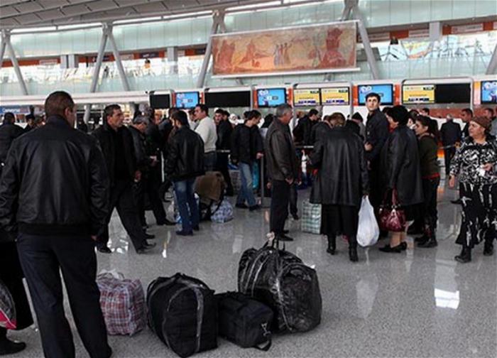 الأرمن يغادرون البلاد بشكل جماعي