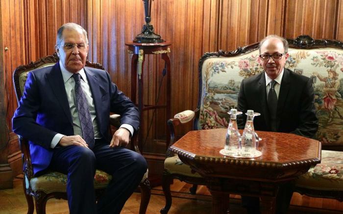 Lavrovla Ayvazyan arasında görüş keçirilir