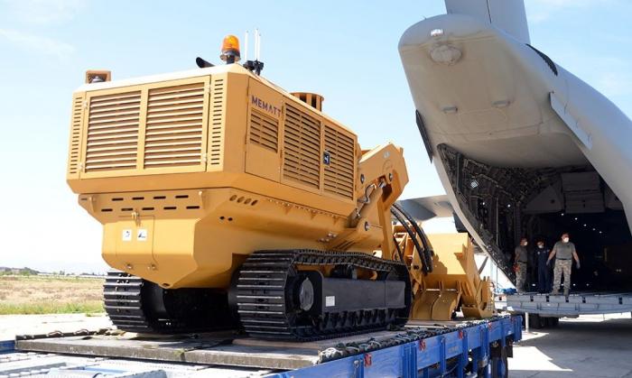 تركيا ترسل خمسة معدات أخرى لإزالة الألغام إلى أذربيجان -  فيديو