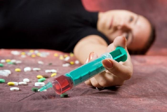 Ölkədəki narkomanların sayı açıqlandı -    618 nəfəri qadındır
