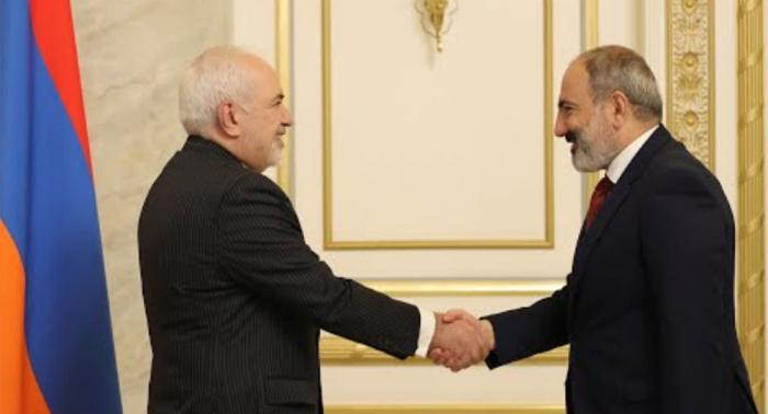 Zərif İran-Naxçıvan-Ermənistan dəmir yolundan danışdı