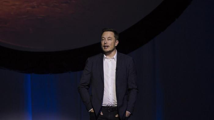 Espace: Musk avance une date pour le vol sans pilote sur Mars